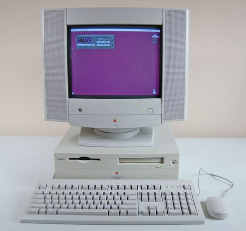 Pin By Sarah Moore On Generation Screen Apple Computer Apple Technology Vintage Electronics