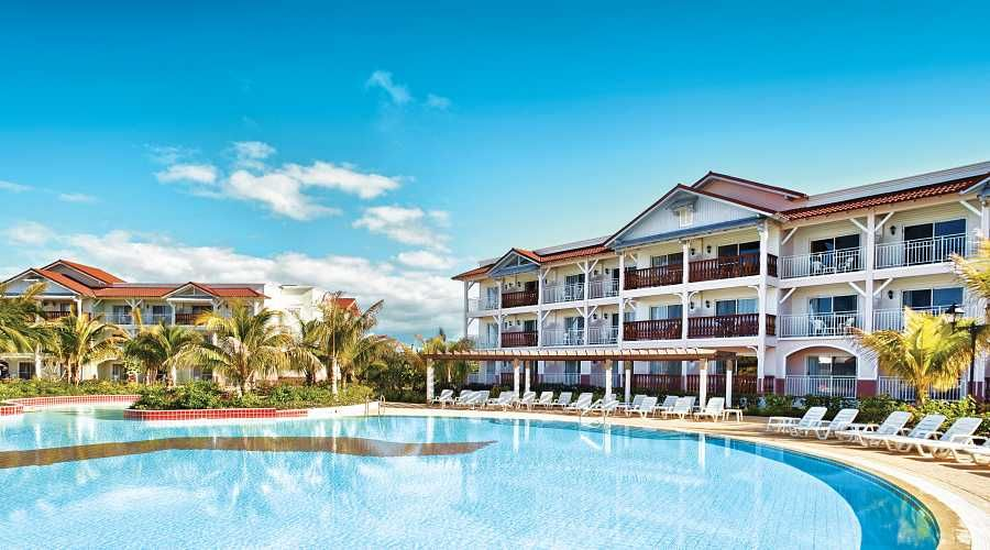 Hotel Husa Cayo Santa Maria Beach Resort Has A Privileged Location In One Of Most Beautiful Islands Cuba It Is Perfectly Integrated Into The Lush Flora