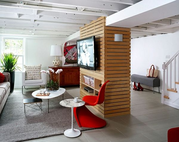 Schick keller wohnung trennwand wohnwand nebentisch klein for Design wohnung klein