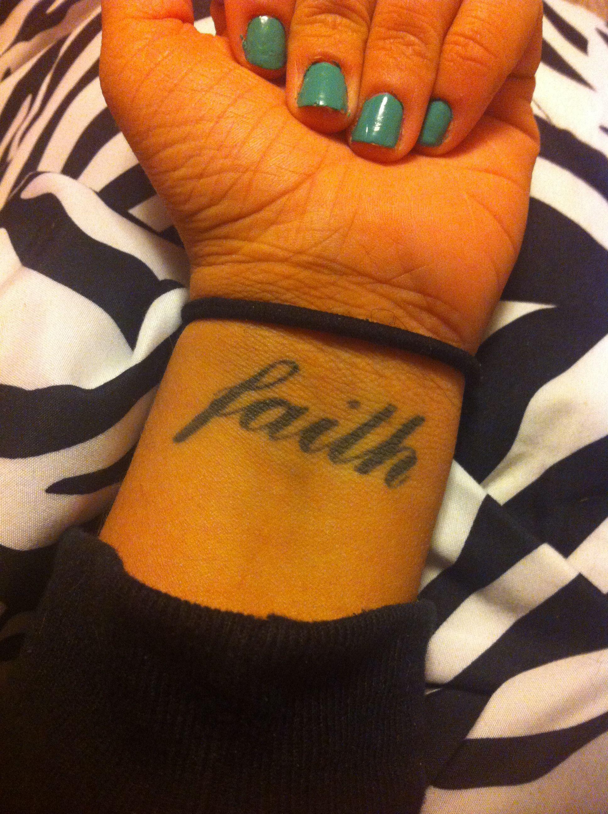 6 Sheets Wrist Body Art Henna Tattoo Stencil Flower: Faith Wrist Tattoo
