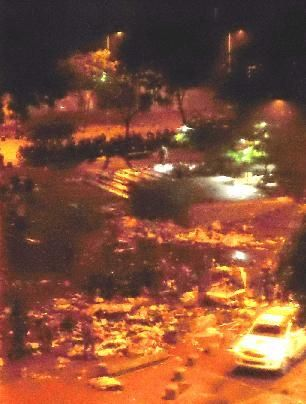 Evitar las mercedes, destrozado el campamento de la plaza, mas de 200 detenidos