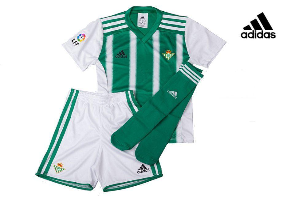 Equipación oficial infantil del Real Betis Adidas 2016. Incluye las medias.  Antes 69 c9a06d5e4894c