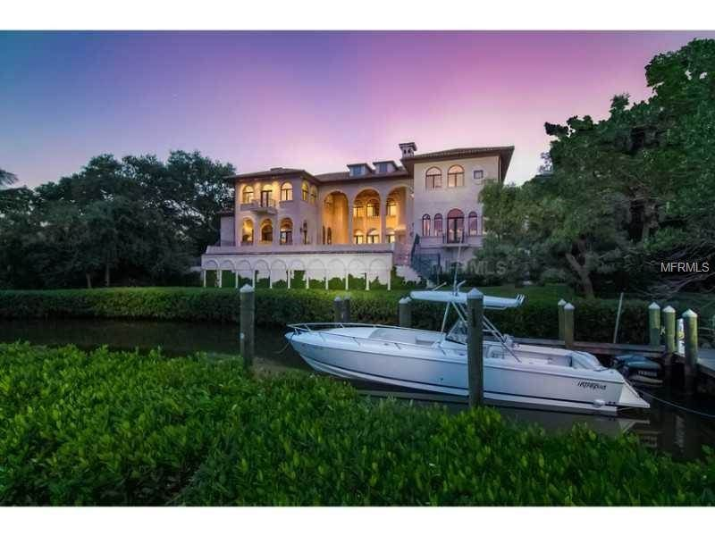 Single Family Home for Sale at 1160 N Casey Key Rd Osprey