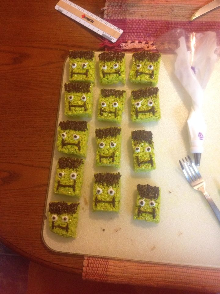 My attempt at little Halloween treats!