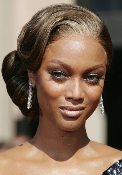 More Pics Of Tyra Banks Chignon Hair Styles Long Hair Styles Wedding Hair And Makeup
