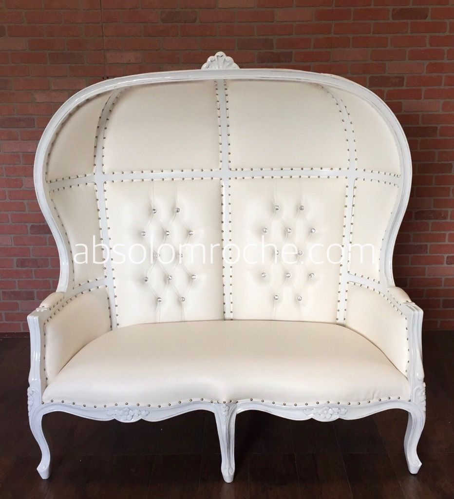 HTX BRIDAL SHOW SALE 50 OFF Victoire Canopy Balloon Loveseat