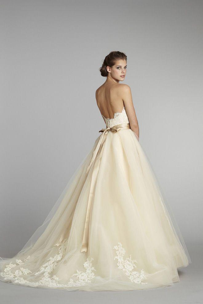 Vestidos de novia color manteca