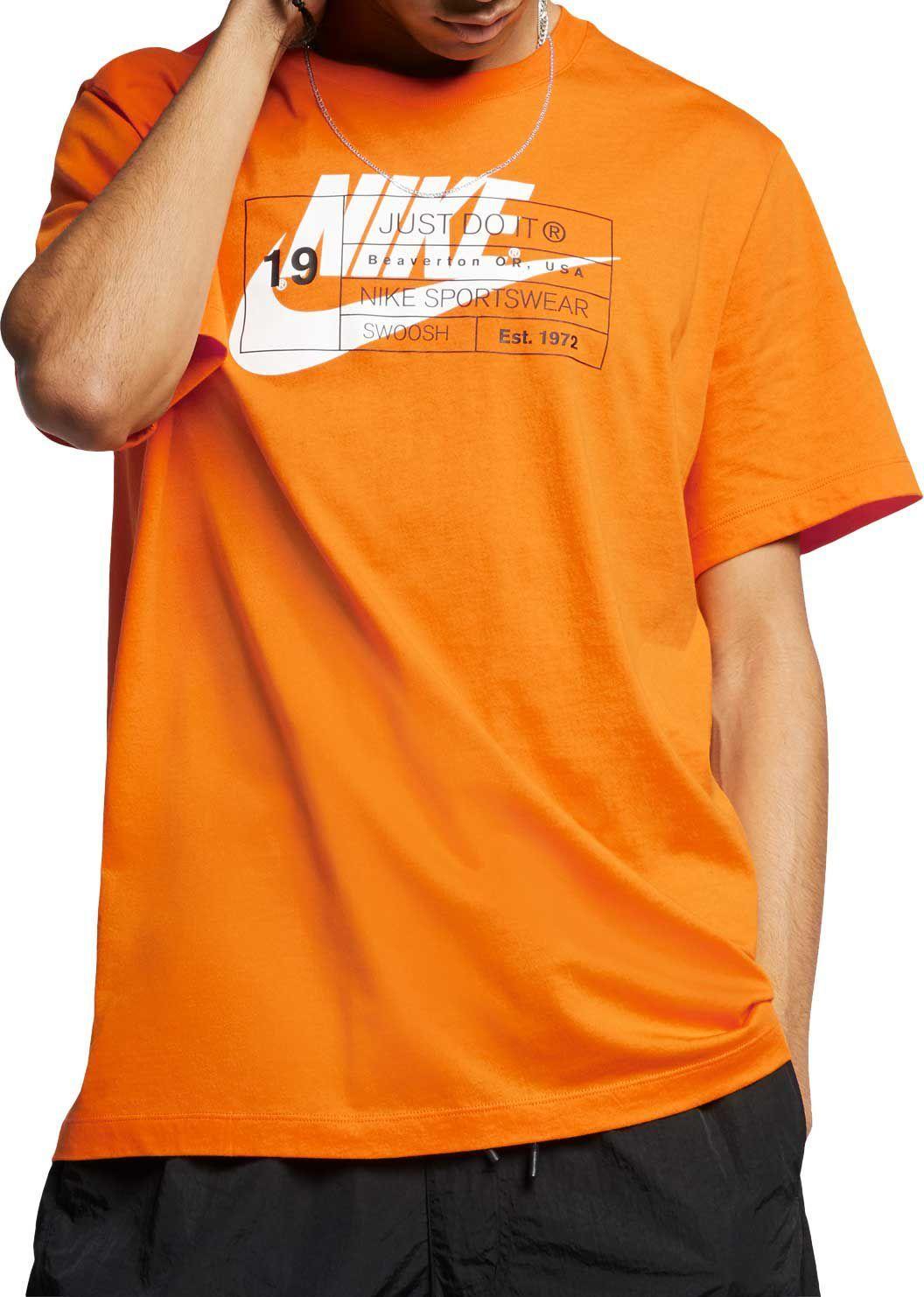 1a954336c9364 Nike Men's Sportswear Story Graphic Tee, Size: XXL, White in 2019 ...