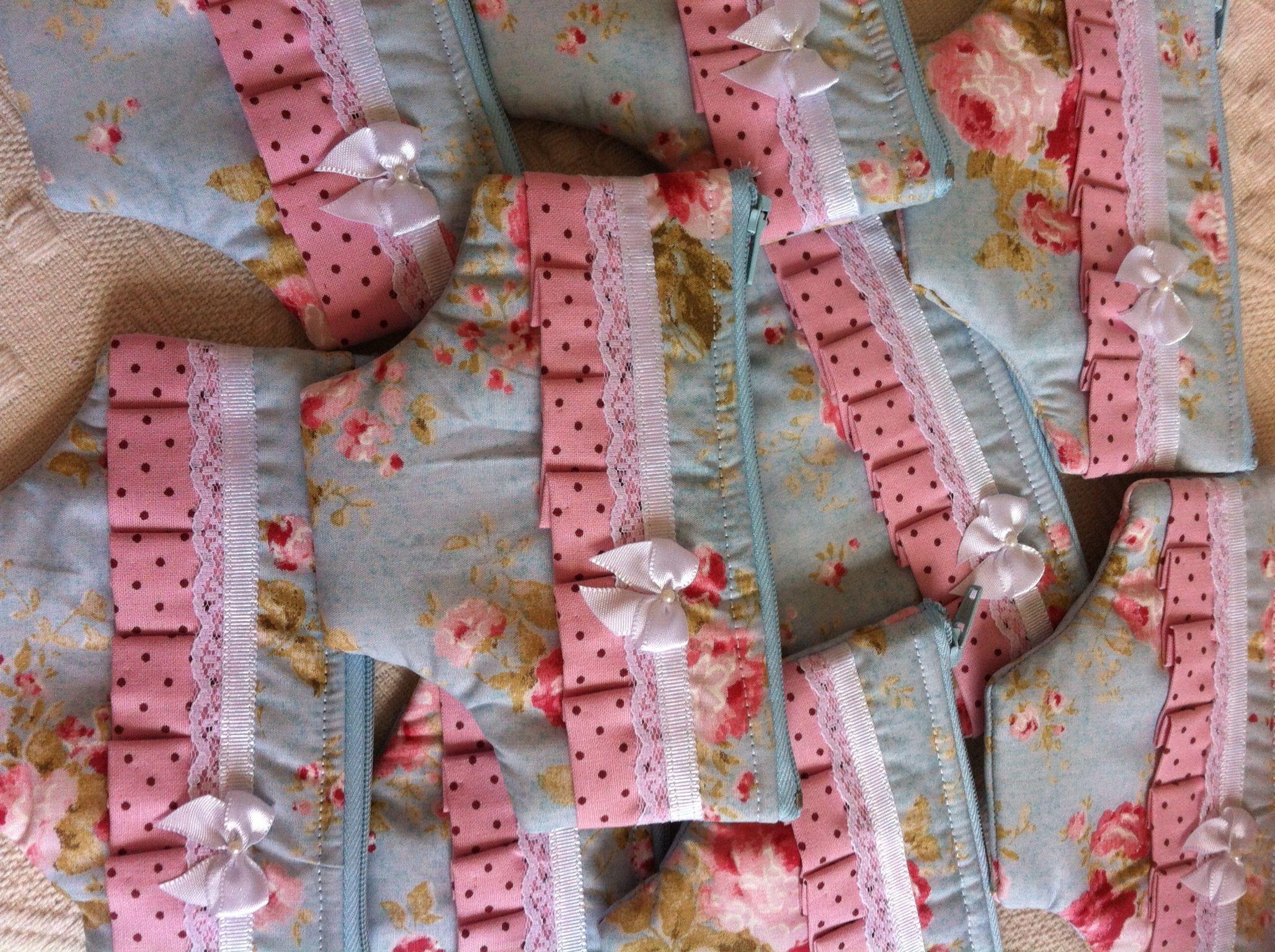 Lembrancinha de nascimento!!! Necessaire de calcinha By Karime Cavenaghi