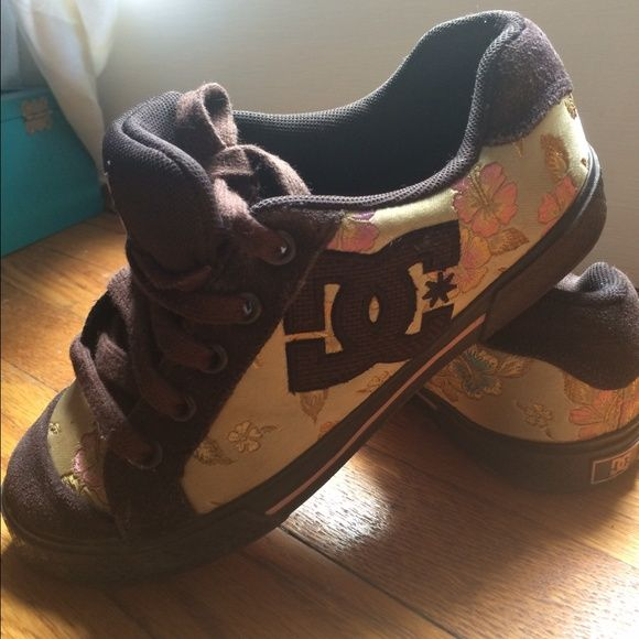 Rare DC women sneakers. Brown/gold