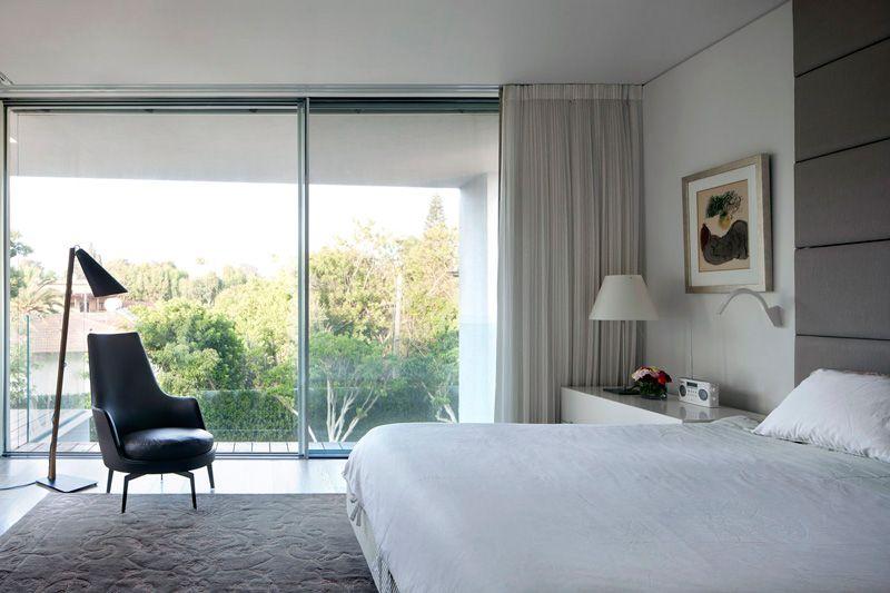 Vetrate scorrevoli tutto vetro apexfine infissi camera for Vetrate case moderne