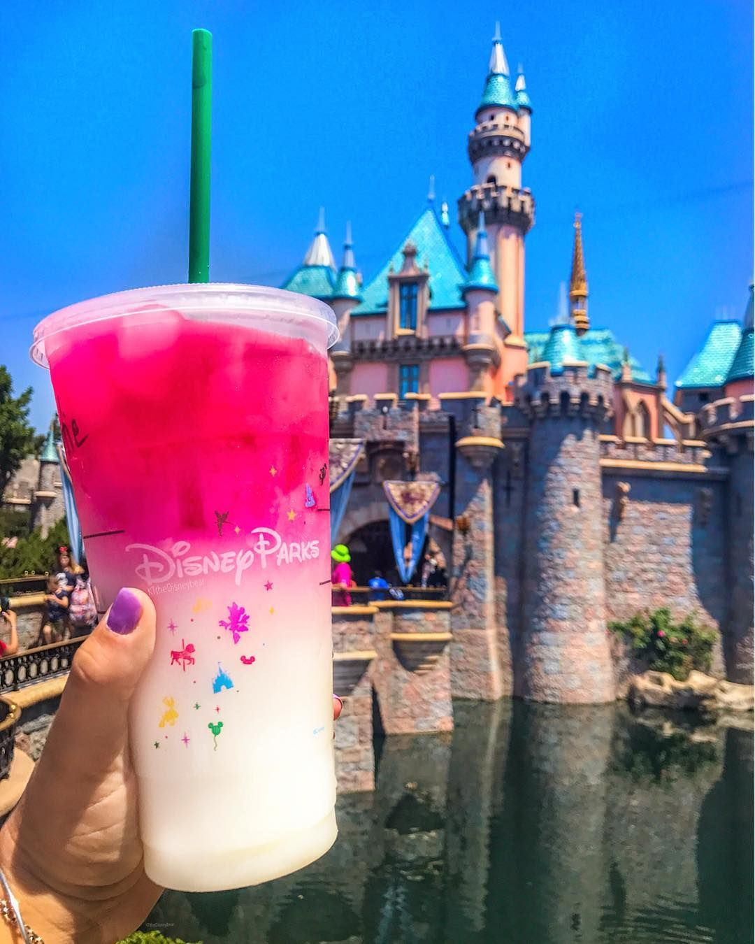 The Happiest Place on Earth Now Sells the New Starbucks Ombre Pink Drink! #drinks