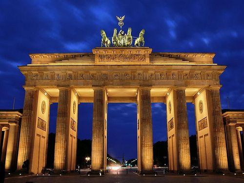 Berlin Brandenburger Tor February 1982 Brandenburg Gate Landmarks Iconic Landmarks
