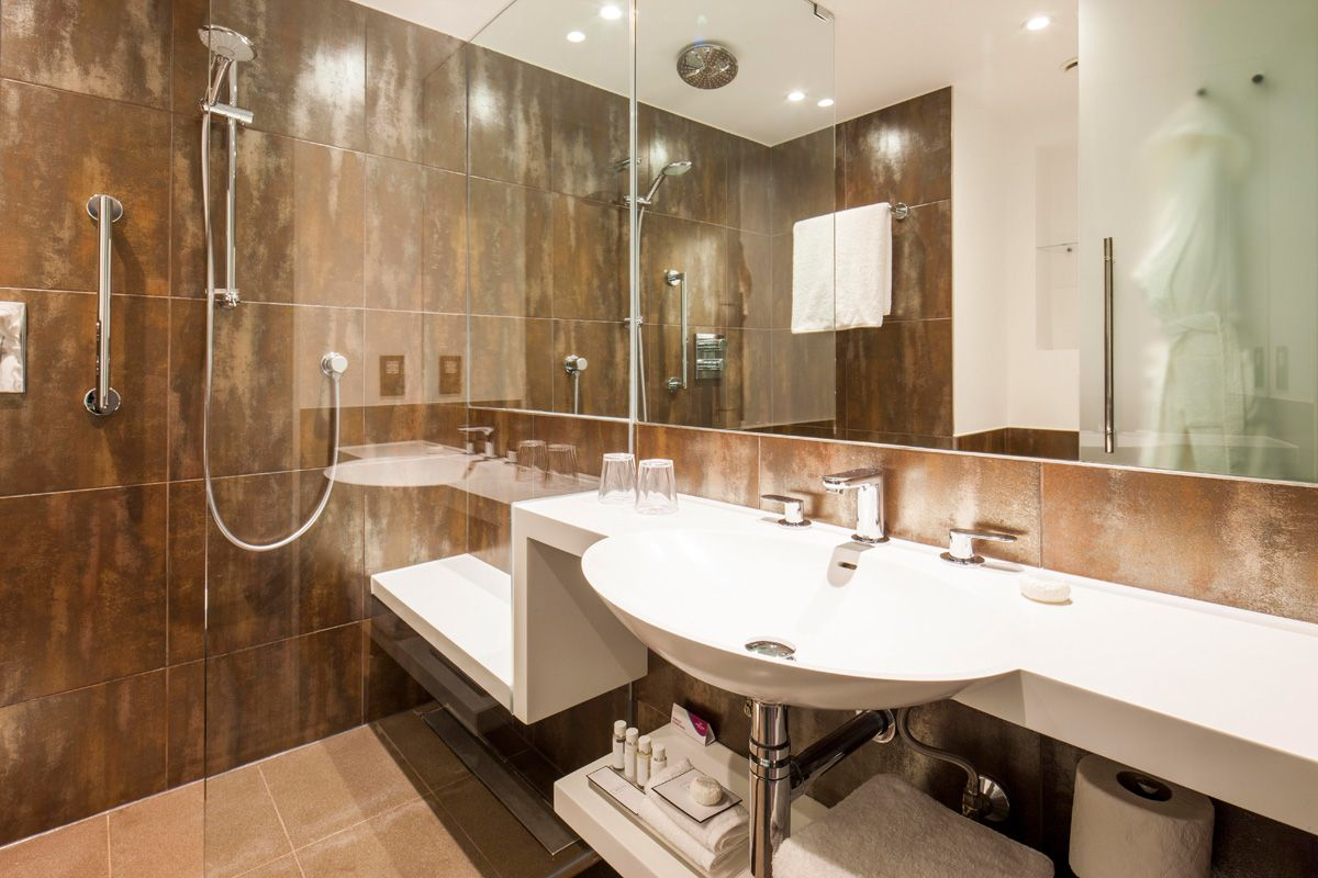 a bathroom design at the crowne plaza kings cross london hotel