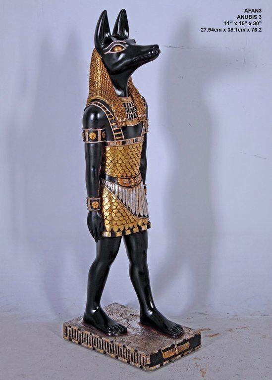 Figura Anubis. 27 x 38 x 76 cm. www.decorarconarte.com