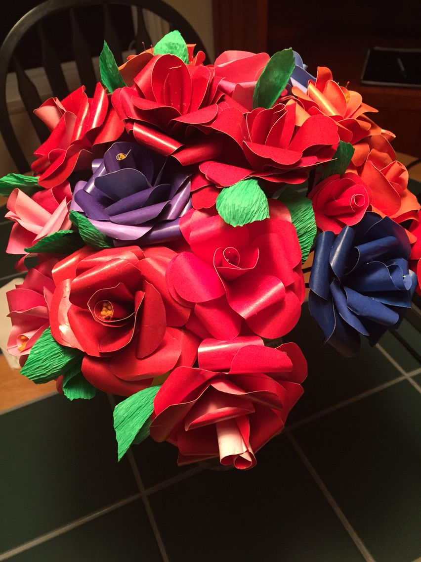 A paper rose bouquet delivered to a friend with images