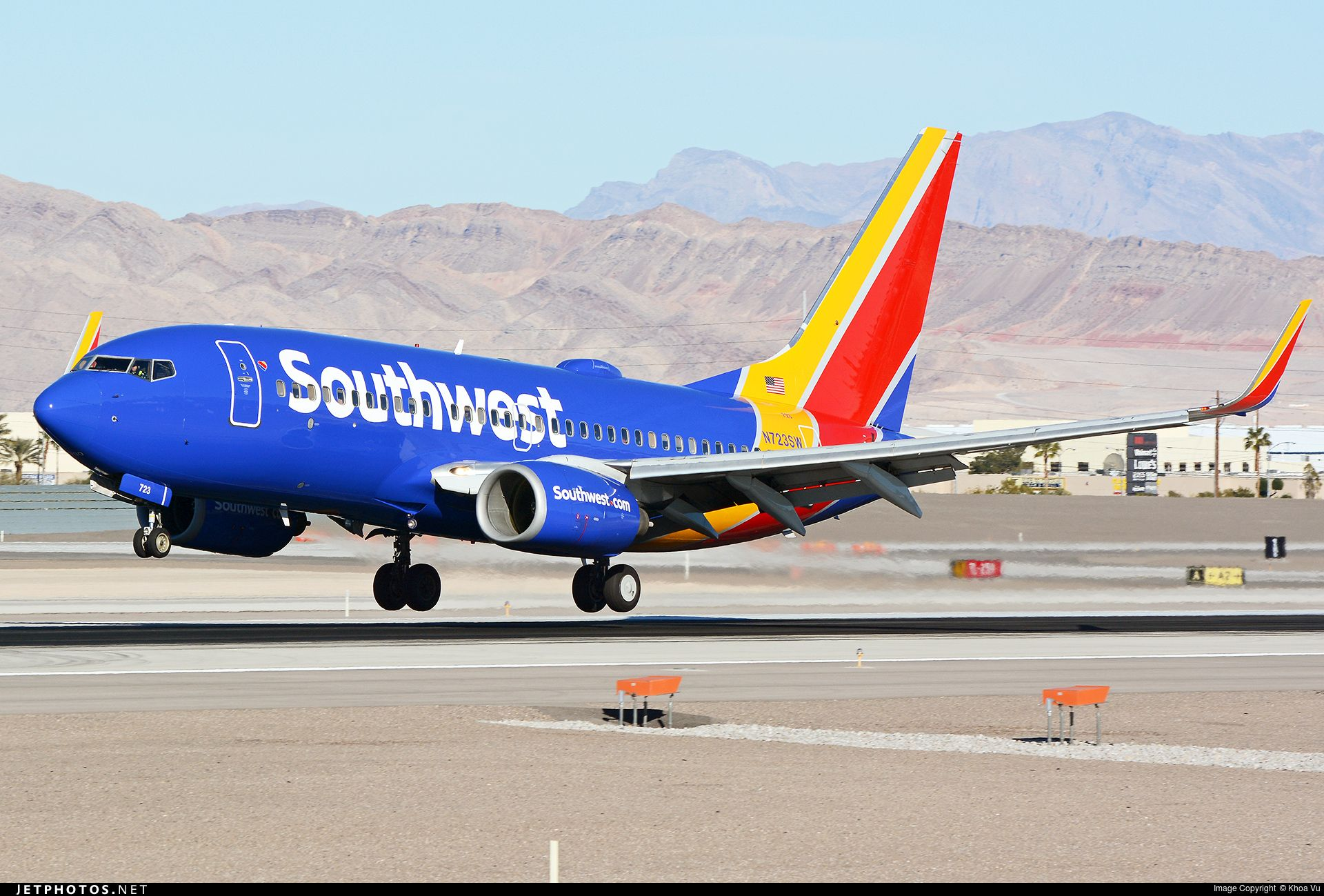 Southwest Airlines N723SW Boeing 737-7H4 by Khoa Vu