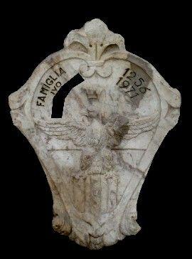 stemma raldico famiglia marmo