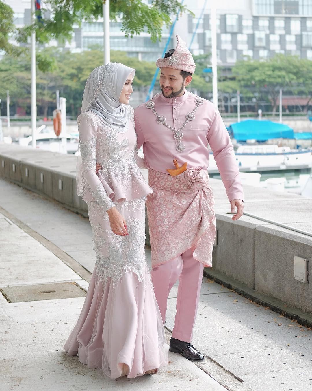 Gambar Berdua Pulaklah  F F   Thank You Terusikevent Buatkan Baju Melayu Full Set Untuk Shuben