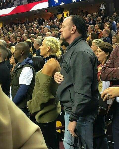 Undertaker & Michelle McCool at Cleveland Cavaliers Game