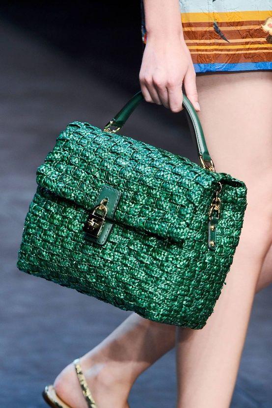 dolce e gabbana ss 2013 bags    VIA: www.ireneccloset.com    #bag #bags #dolcegabbana #green #runwayshow #ss2013