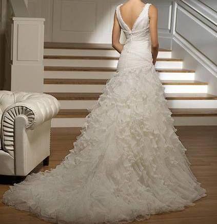 Vends robe de mariée Maison Pronovias Modele Rapsodie Très bon état - nettoyage a sec maison