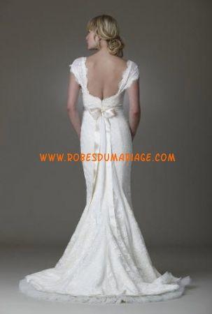 Amy Kuschel boutique robe de mariée glamour longue avec manche courte dentelle Style Parest