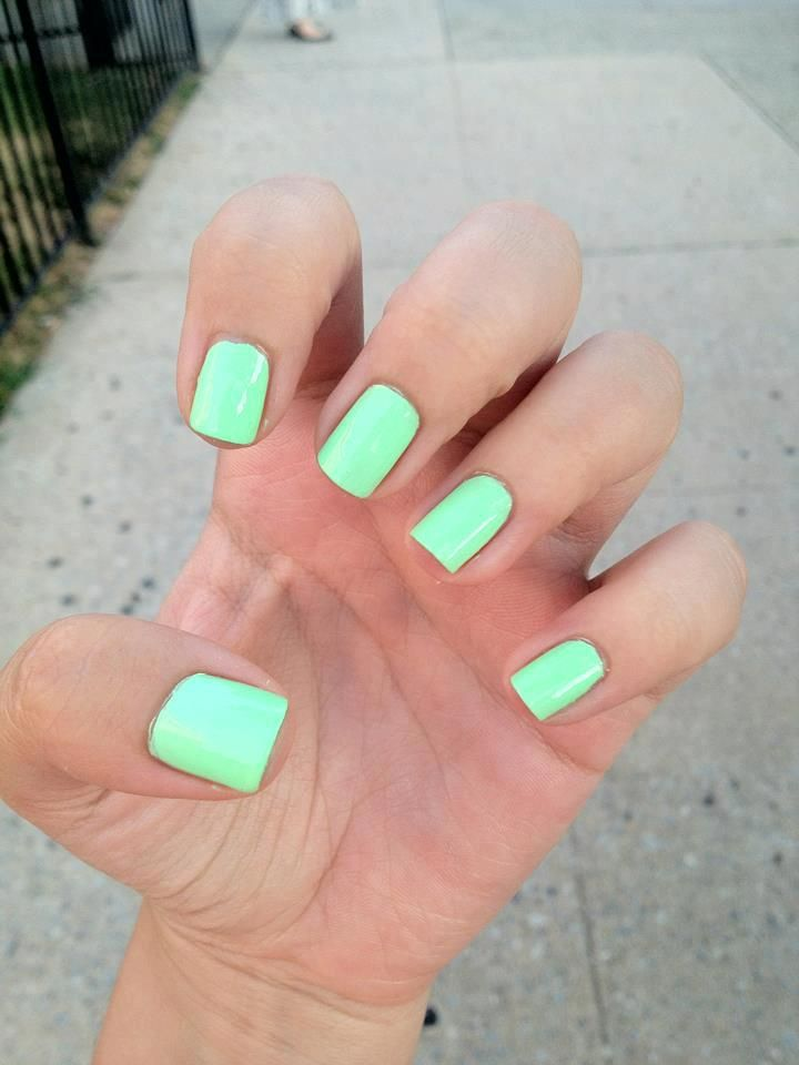 Love the color! | hair & makeup | Pinterest | Fabulous nails, Hair ...
