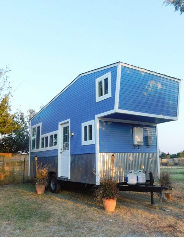 tiny houses on wheels for sale in texas. This Is The Tiny Modern Farmhaus, A \u0027plug And Play\u0027 House On Wheels That\u0027s For Sale In Dallas, Texas. Long, Height. Houses Texas E