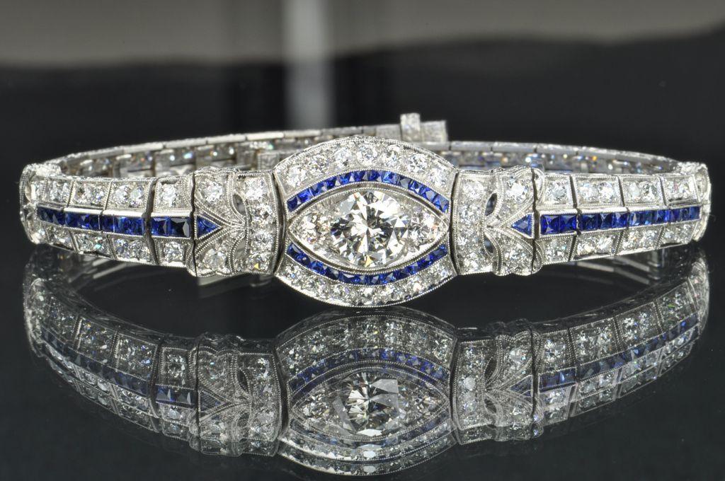 8.28 Carat Diamond and Sapphire Art Deco Platinum Bracelet
