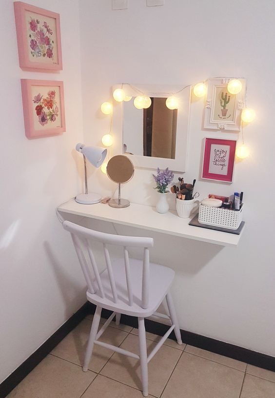 Photo of dressing table; make-up; Interior decoration; Small room; Mirror; Stool, sleep …