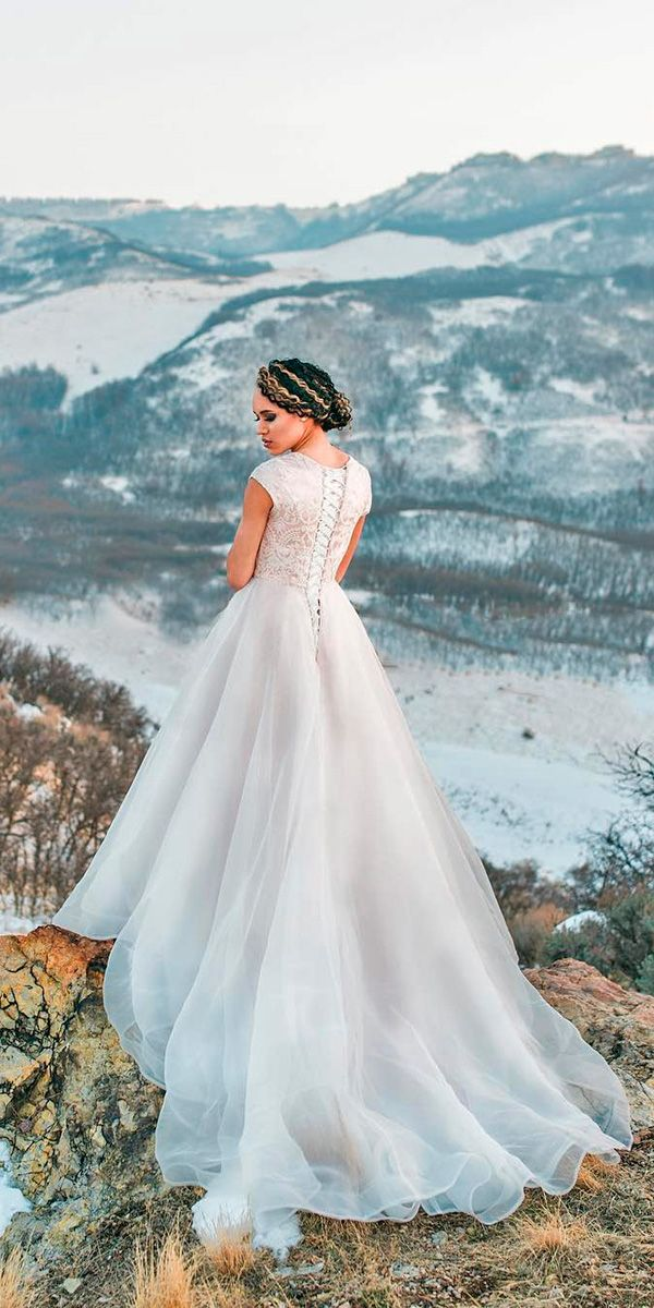 18 Real Brides Who Are Wearing Elizabeth Cooper Wedding Dresses ...