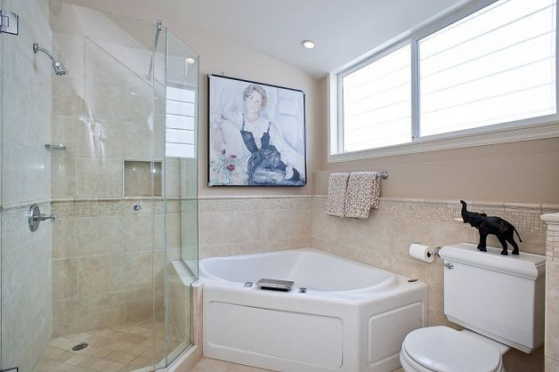 Separate Corner Tub And Combo Shower Design For Small Bathroom Remodel Design And Decor Ideas Budget Bathroom Remodel Jet Tub Shower Combo Bathrooms Remodel
