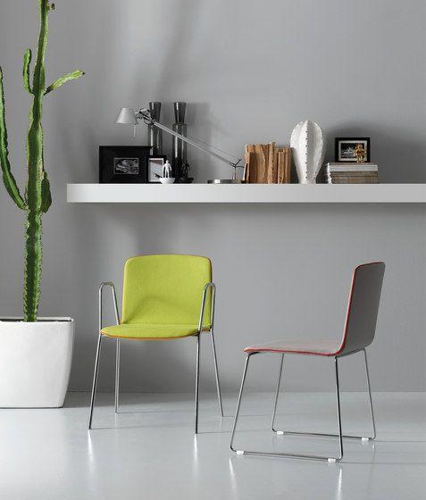 Pedrali Temps Executive Chair 3765 Fauteuil Rembourre En Aluminium Et Plastique Fauteuil Contemporain Fauteuil Chaise Fauteuil