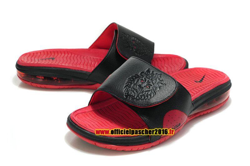 6c775b8752 Sandales Nike Benassi JDI Homme Noir Blanc sandale nike pour homme