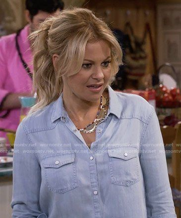 Dj S Chambray Shirt On Fuller House Cameron Hair Candace Cameron Bure Hairstyles Candice Cameron Hair