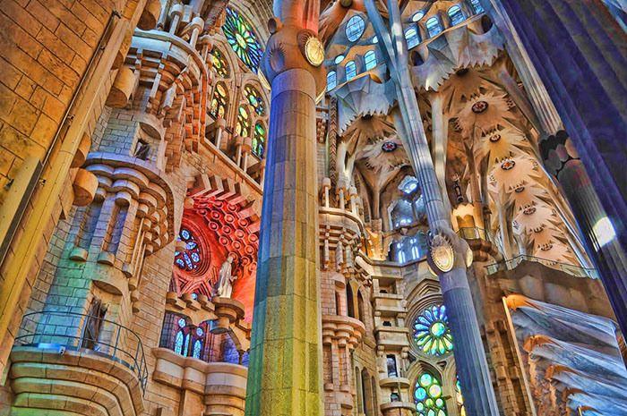 A Sagrada Família por dentro - 35 fotografias que retratam o interior da obra de Gaudí