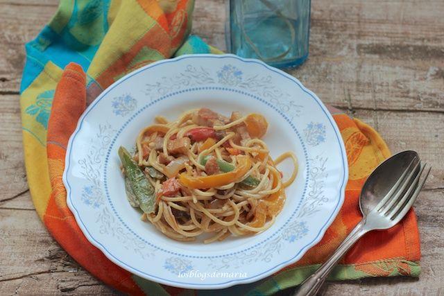 Espaguetis Con Bacon A La Salsa De Soja Y Nata Comer Con Poco Espaguetis Comida étnica Salsas