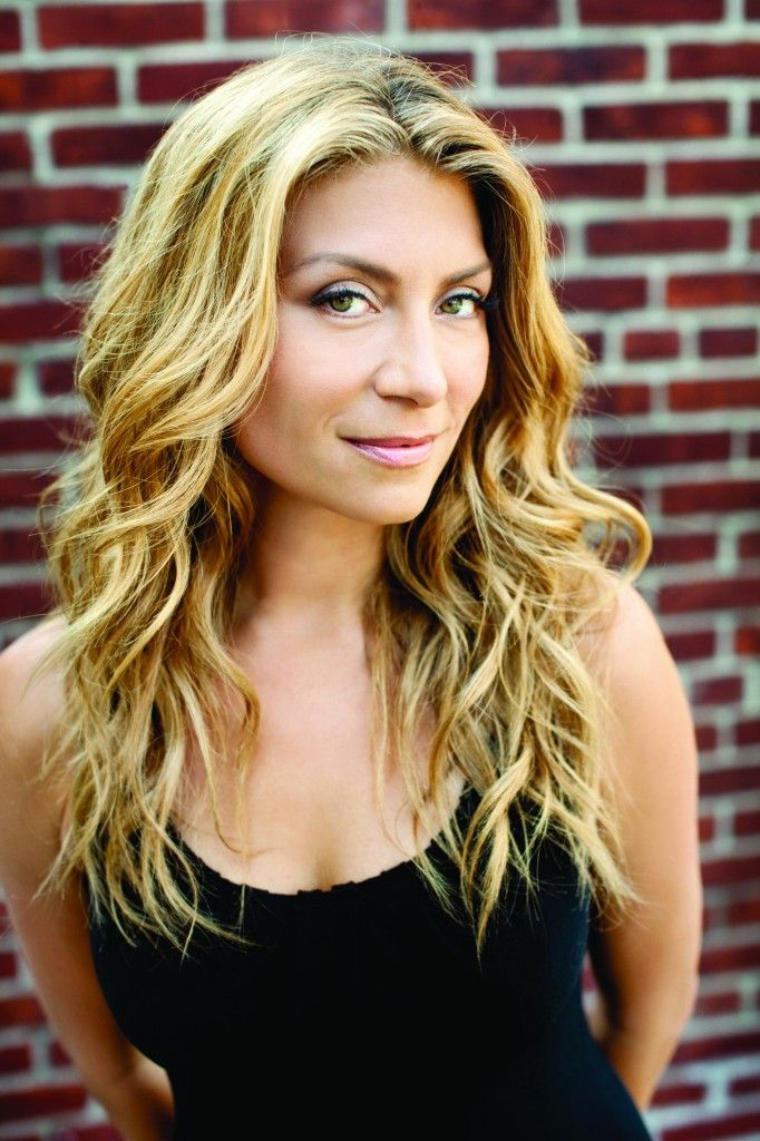 Sbtl Genevieve Gorder On Pinterest Genevieve Gorder