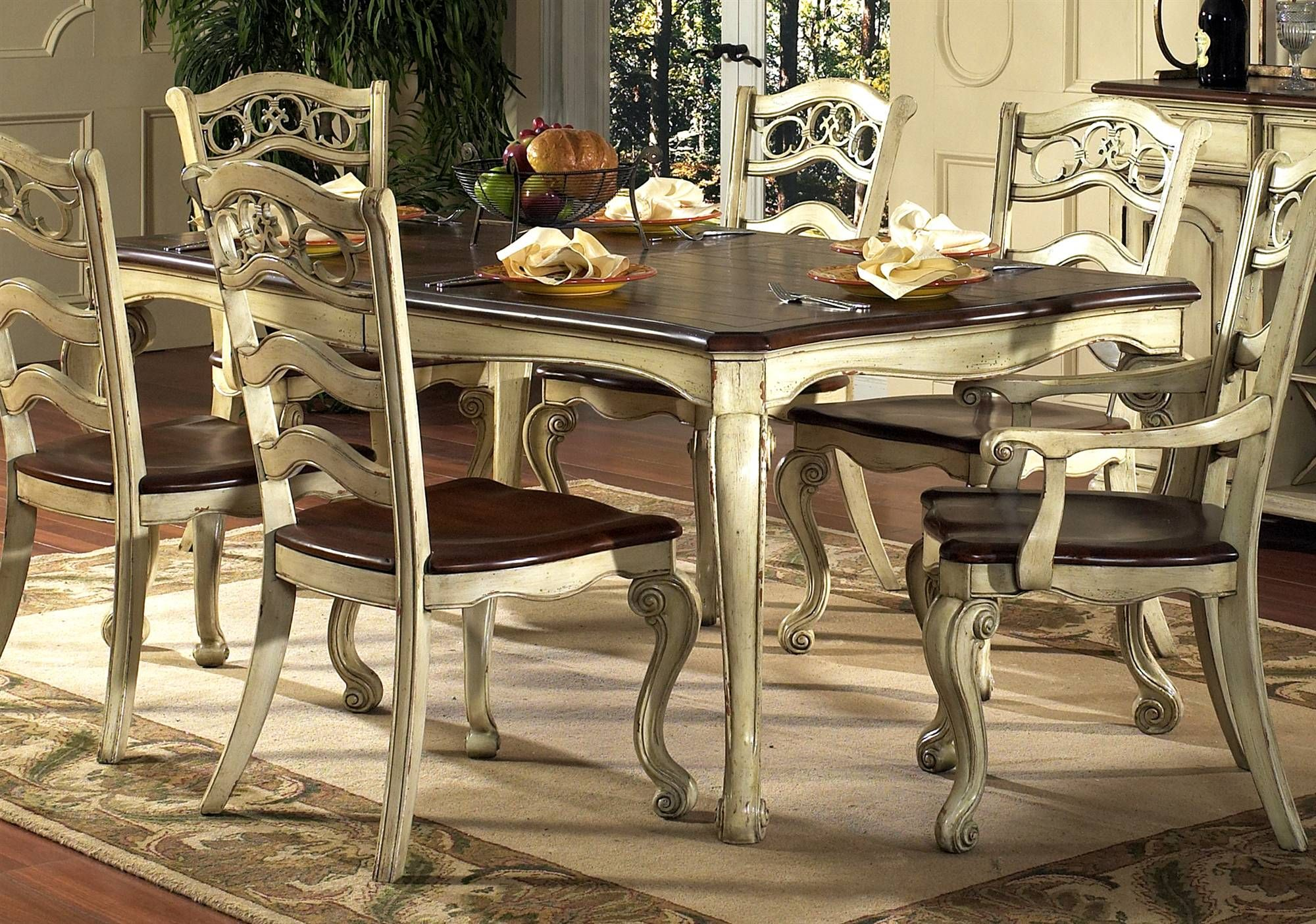Love this two tone Country French   Country kitchen tables ...