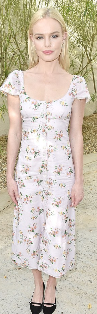 Who made Kate Bosworth's floral dress and black shoes?