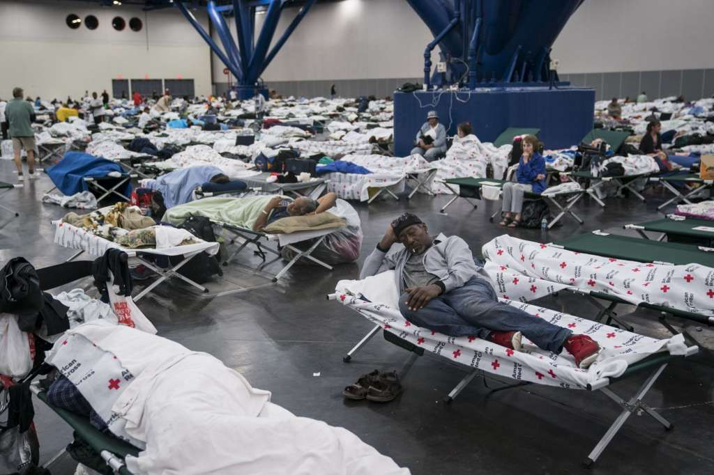 George R Brown S Harvey Evacuees Photos Show What Life Is Like Inside Houston S Convention Center Harvey 29 Years Old Texas