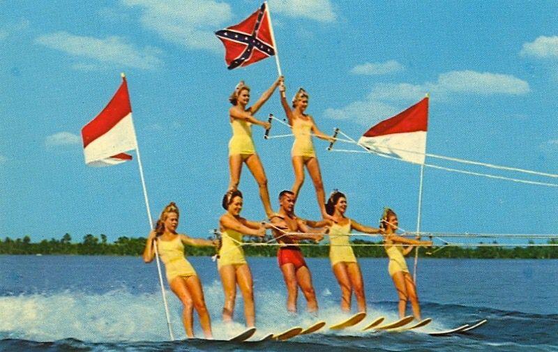 Vintage Florida Cypress Gardens postcard water skiers