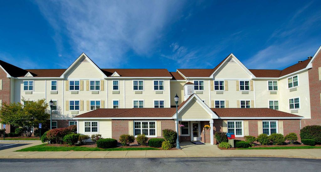 Towneplace Suites Manchester Located In Southern New Hampshire Boston Regional