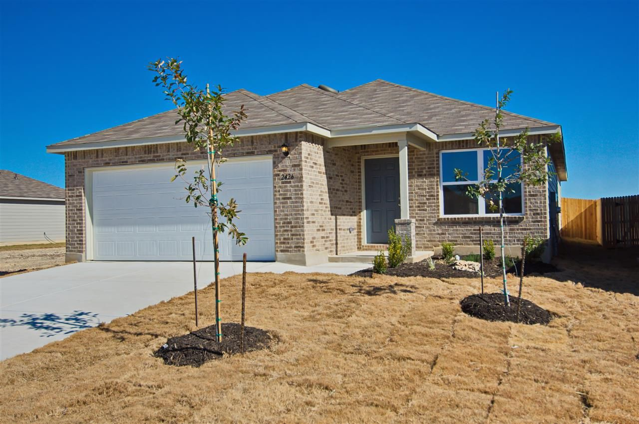 New Homes New Homes For Sale In San Antonio 3 Bedroom 3 Bathroom Rausch Coleman Homes Renting A House House Rental New Homes