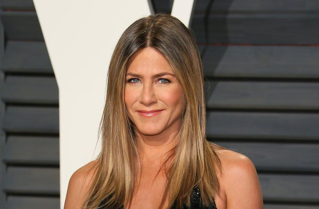 Jennifer Aniston Has Been Using This Affordable Moisturizer For