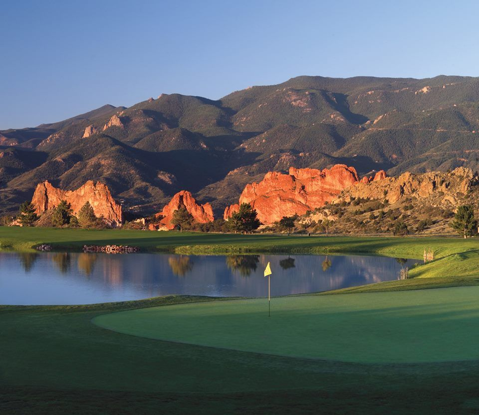 Tee off with the iconic Garden of the Gods and Pikes Peak