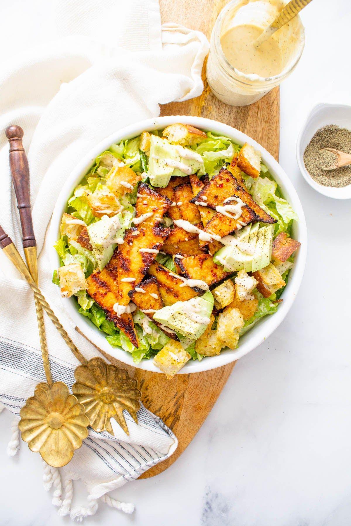 Grilled Tempeh Vegan Caesar Salad This Savory Vegan Recipe In 2020 Vegan Caesar Caesar Salad Vegan Dinner Recipes