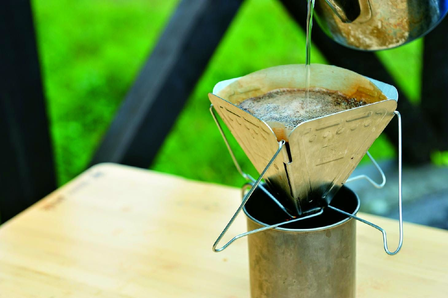10 camping coffee makers - this is just one of the 10 listed.  See the other 9.
