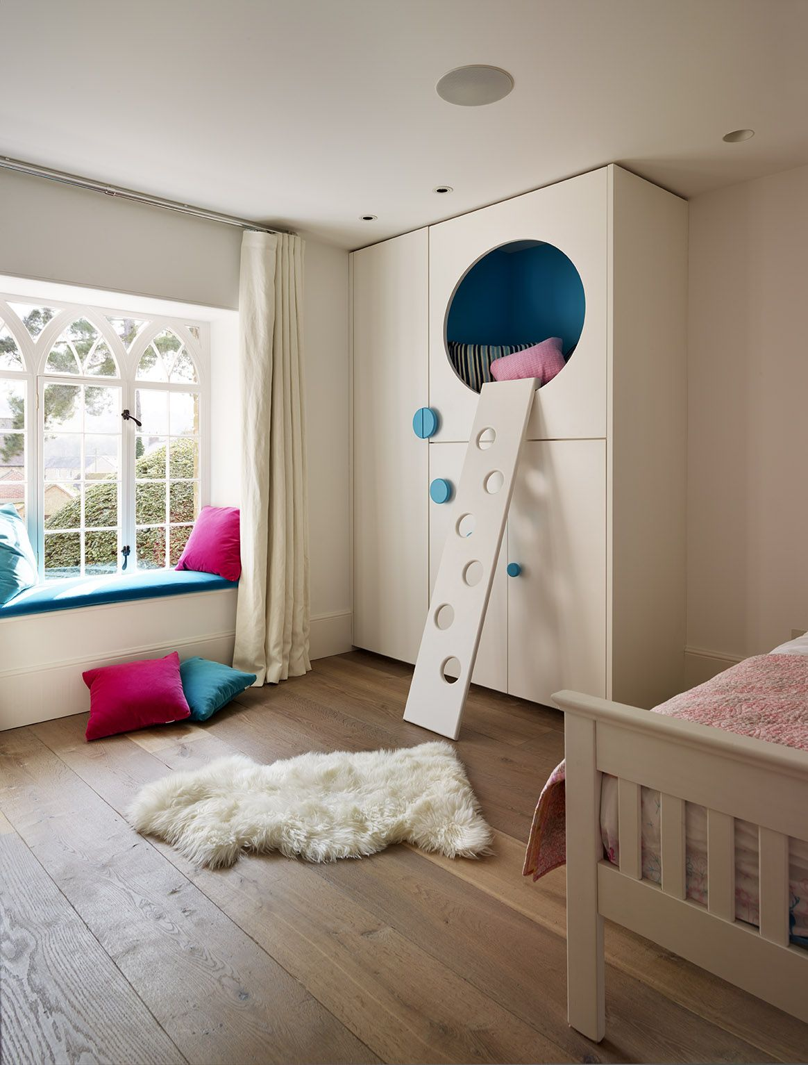 Best Bespoke Children S Room Furniture By Teddy Edwards 640 x 480